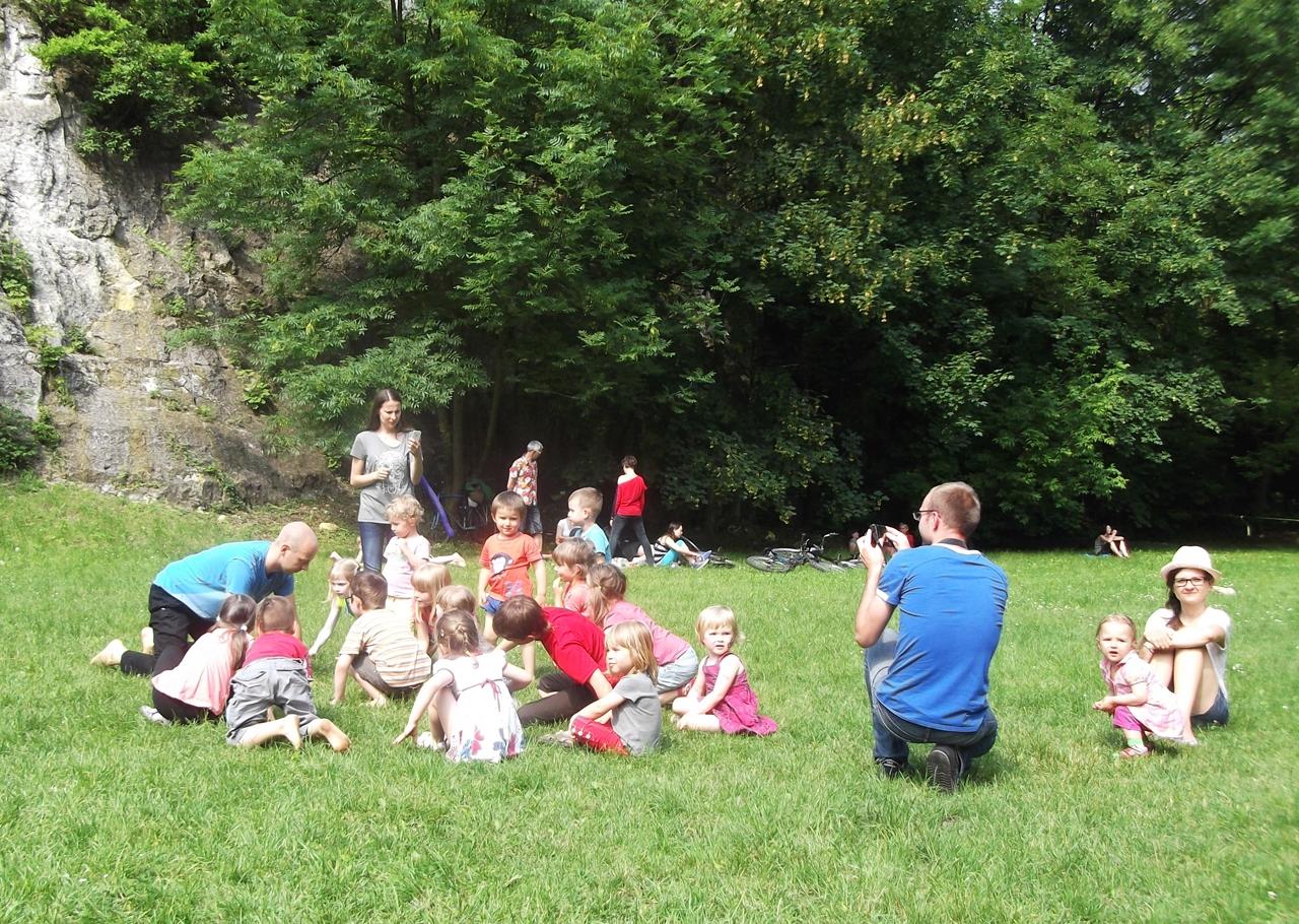 ParkuJeMyEko - joga dla dzieci, zgrupowanie